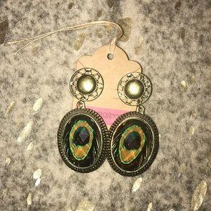 Jewelry - Earrings 💕